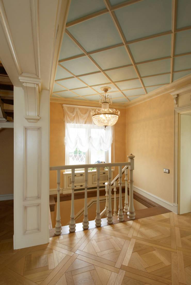Дом в классичестческом стиле:  в . Автор – Лучшее Место,