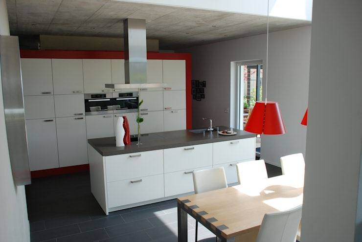 EFH Van den Berg, Neftenbach: moderne Küche von Binder Architektur AG