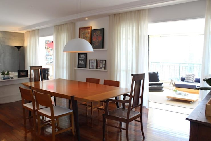 Ap Brooklin 03: Salas de jantar  por Mariana Dias Arquitetura,