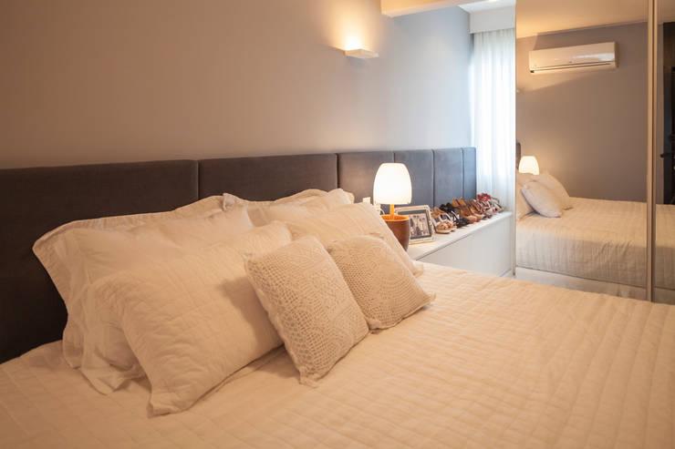 Apartamento 303: Quartos  por Estúdio Barino | Interiores