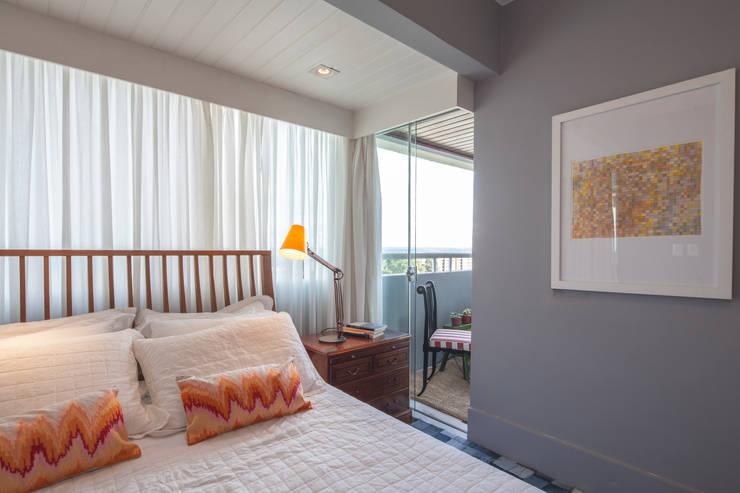 Bedroom by Estúdio Barino | Interiores