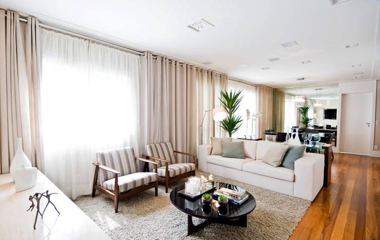 Sala de Jantar : Salas de estar  por Cavalcante Ferraz Arquitetura / Design ,Moderno