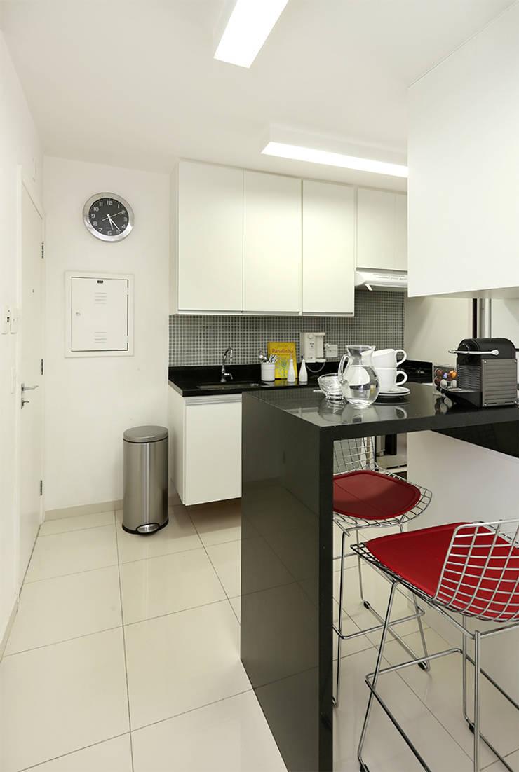 Cozinha: Cozinhas  por Casa 2 Arquitetos,Moderno