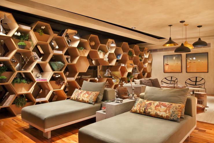 Restaurants de style  par Estúdio Barino | Interiores
