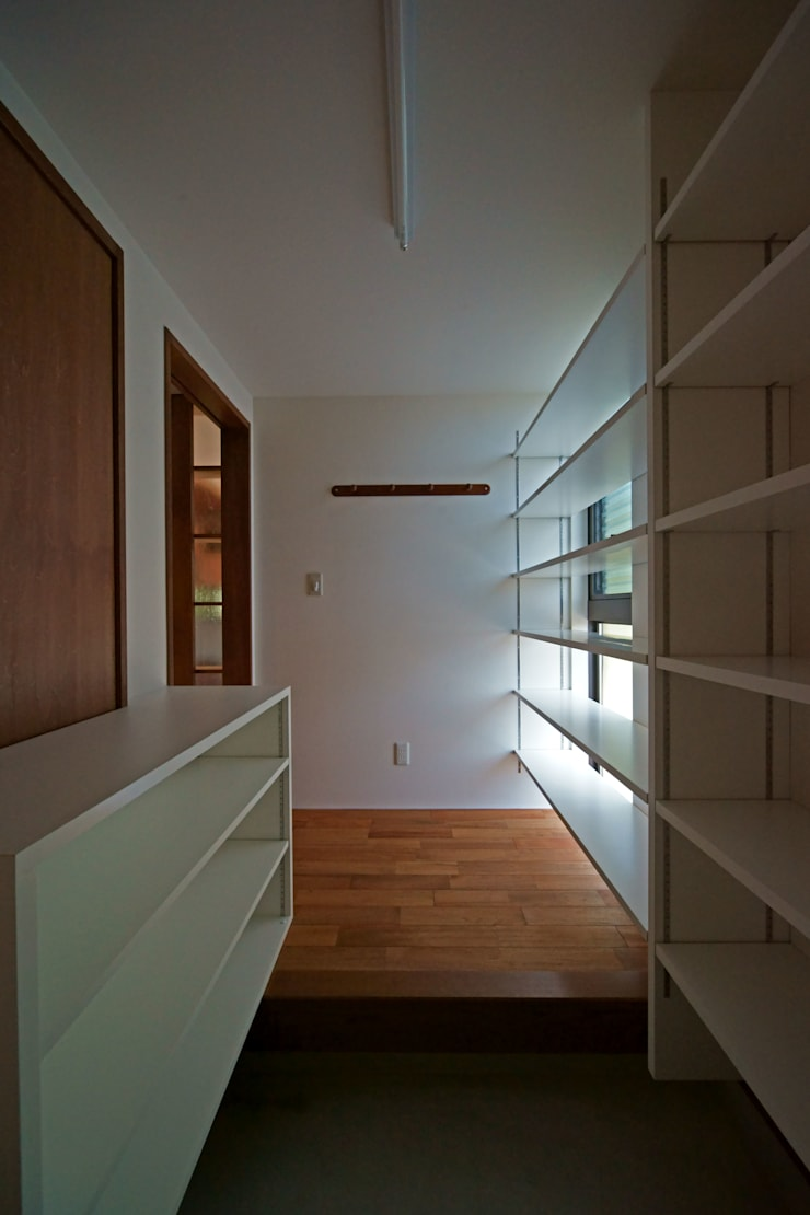 SMOOTH HOUSE: 株式会社プラスディー設計室が手掛けた和室です。