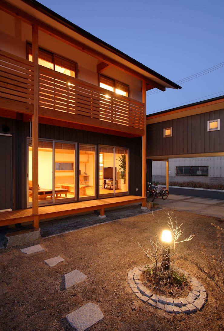 Garden by 三宅和彦/ミヤケ設計事務所, Asian