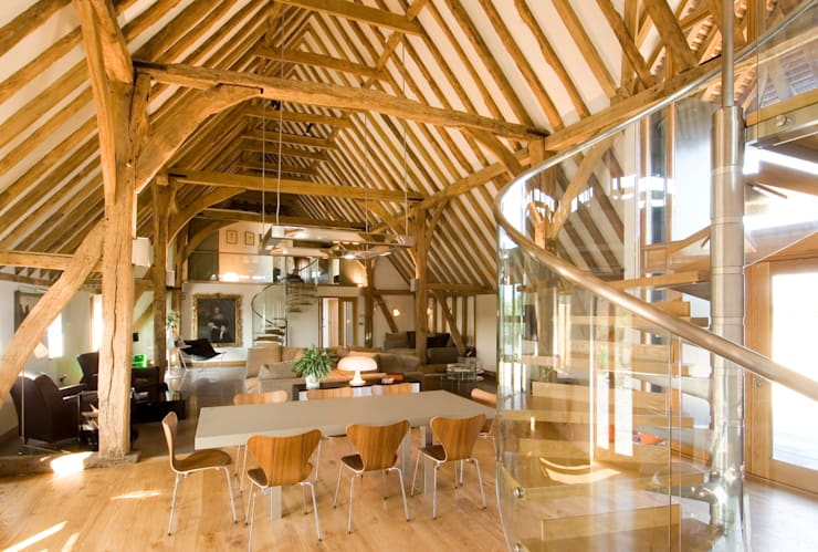 Denne Manor Barn : modern Dining room by Lee Evans Partnership