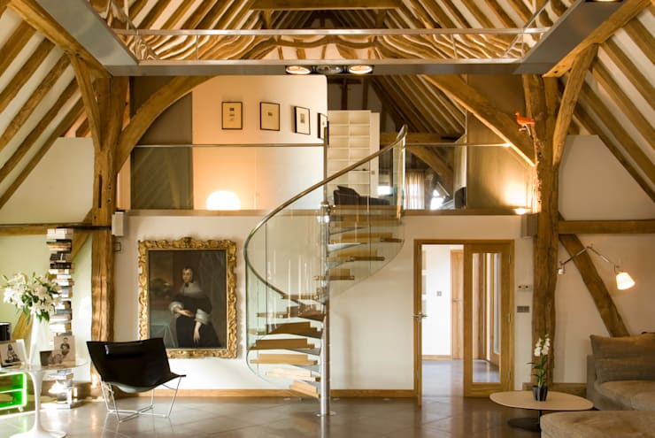 Denne Manor Barn :  Corridor & hallway by Lee Evans Partnership