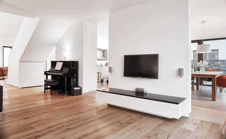 Projekty,  Salon zaprojektowane przez Architektur I Stadtplanung Verhoeven