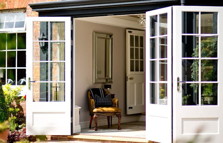 French doors: classic Conservatory by Westbury Garden Rooms