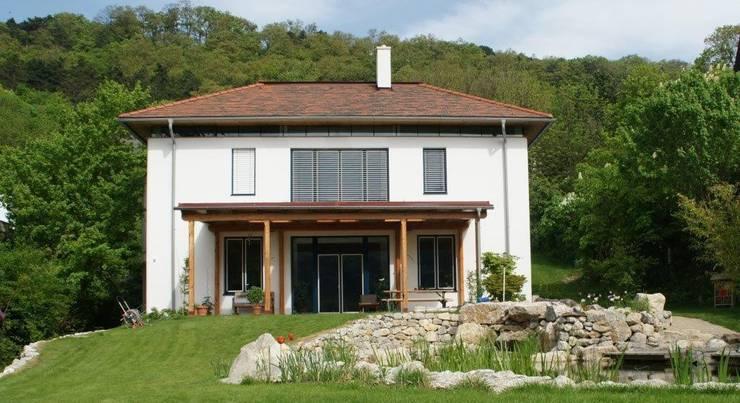 ระเบียง, นอกชาน by Architektur und Geomantie