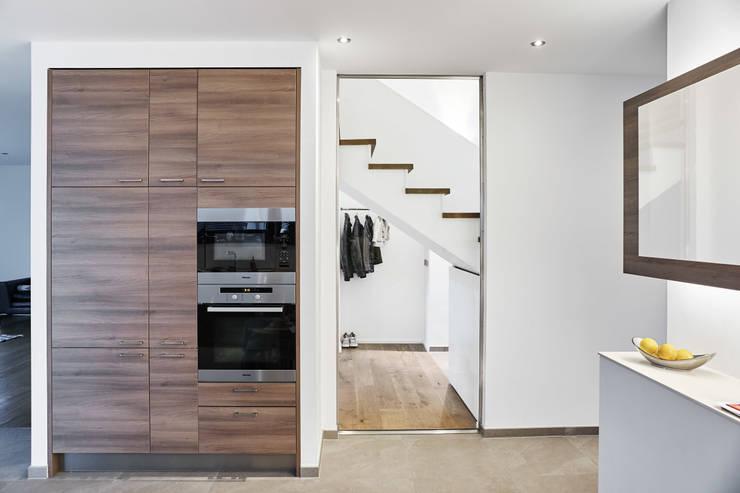 Projekty,  Kuchnia zaprojektowane przez Architektur I Stadtplanung Verhoeven