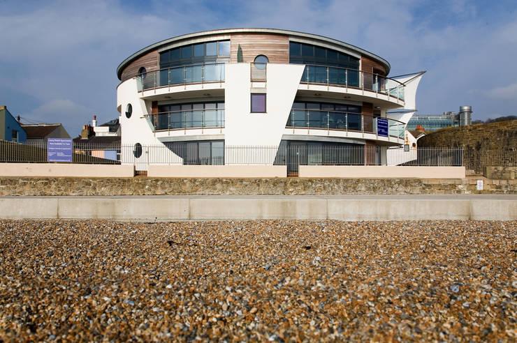 minimalistic Houses by Lee Evans Partnership
