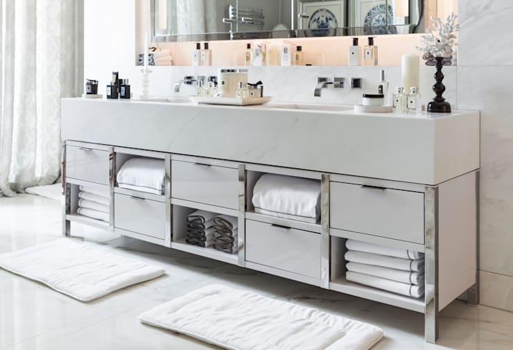 Marble Vanity Unit:  Bathroom by Ligneous Designs