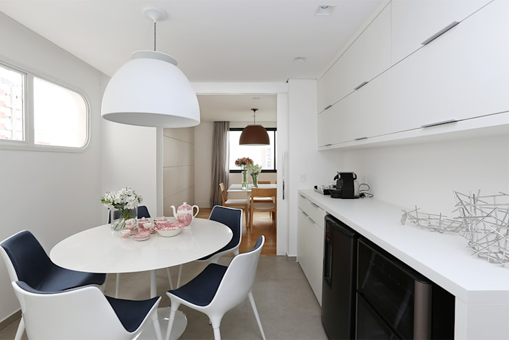 Copa: Salas de estar  por Casa 2 Arquitetos,