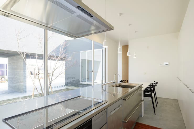 ダイニングキッチン: NEWTRAL DESIGNが手掛けたキッチンです。