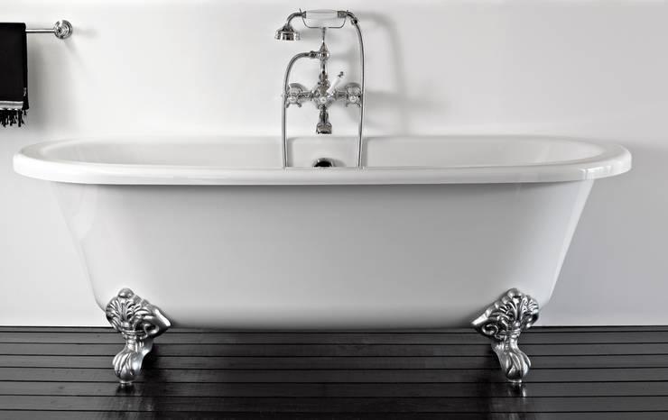 Free standing bath tub Klassische Badezimmer von HORUS Klassisch