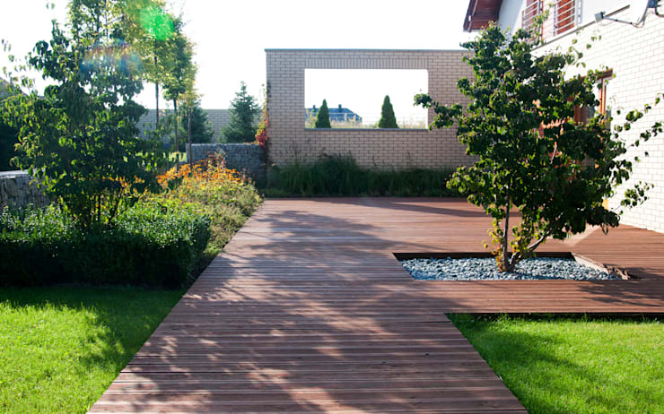 OGRÓD LINEARNY: styl , w kategorii Ogród zaprojektowany przez SPRING architektura krajobrazu