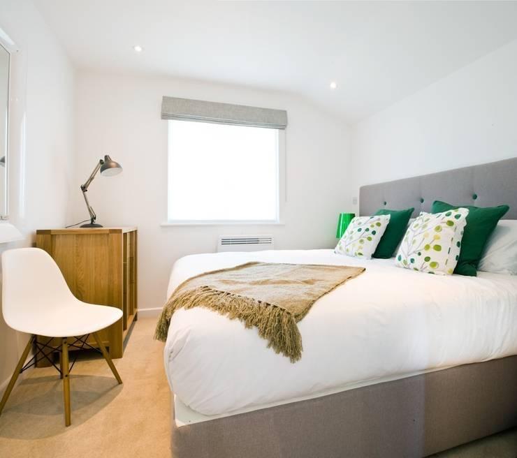 Green House , Una St Ives :  Bedroom by iroka