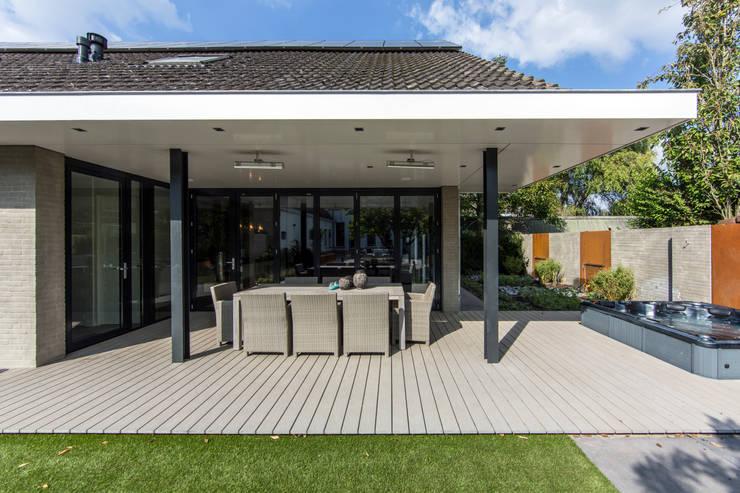 Terrasse de style  par Medie Interieurarchitectuur