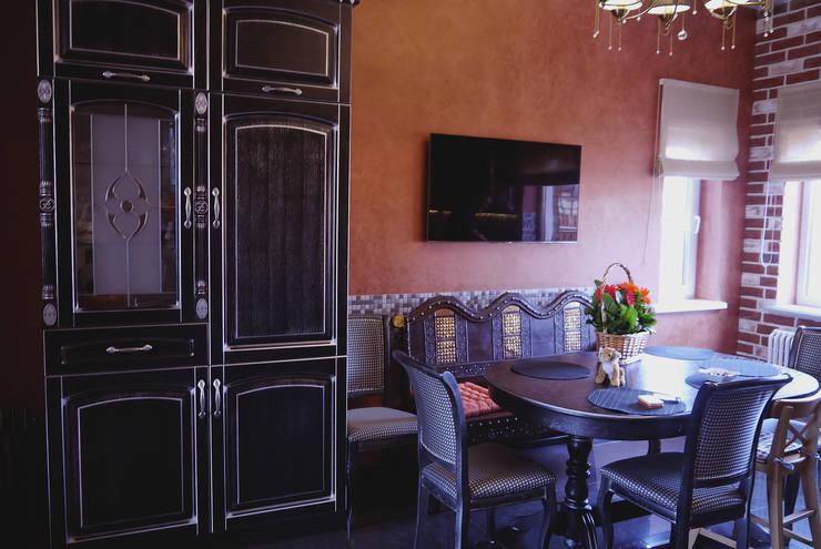 Карповы Вары: Гостиная в . Автор – Cameleon Interiors