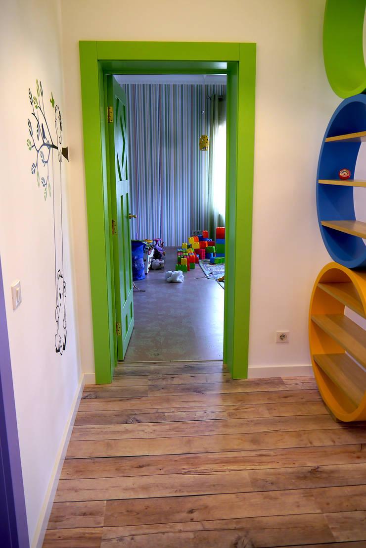 Карповы Вары: Детские комнаты в . Автор – Cameleon Interiors,