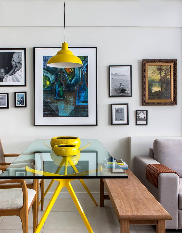 Sala jantar e estar: Salas de jantar  por Milla Holtz Arquitetura,Moderno