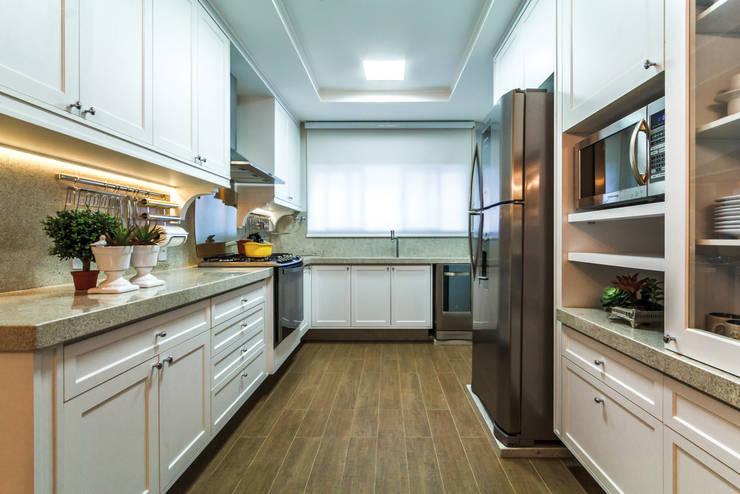 Projeto Residencial: Cozinhas  por Dani Santos Arquitetura