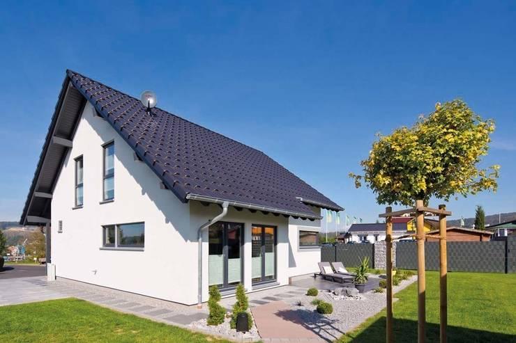 Prefabricated home by FingerHaus GmbH - Bauunternehmen in Frankenberg (Eder)