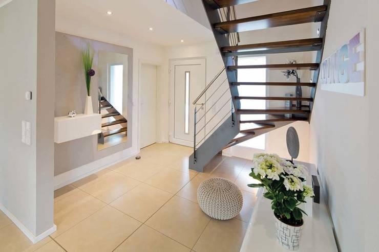 Koridor dan lorong by FingerHaus GmbH