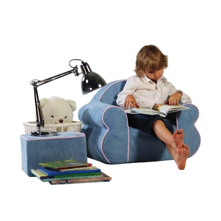Fotelik Rubens: styl , w kategorii Pokój dziecięcy zaprojektowany przez Sponge Design