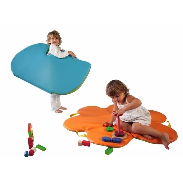 Mata koło: styl , w kategorii Pokój dziecięcy zaprojektowany przez Sponge Design