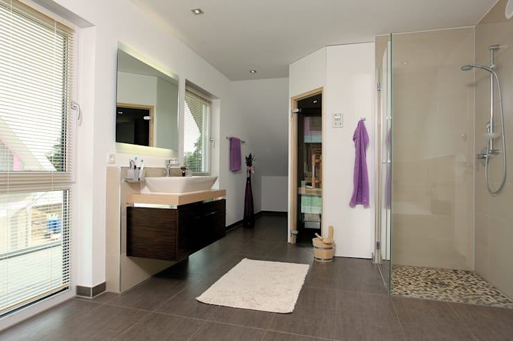 FingerHaus GmbH - Bauunternehmen in Frankenberg (Eder)が手掛けた浴室