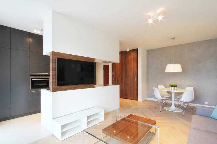 Mieszkanie na wynajem, Poznań: styl , w kategorii Salon zaprojektowany przez Studio Nomo