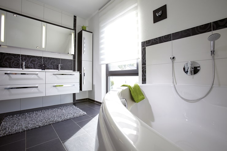 Bathroom by FingerHaus GmbH - Bauunternehmen in Frankenberg (Eder)
