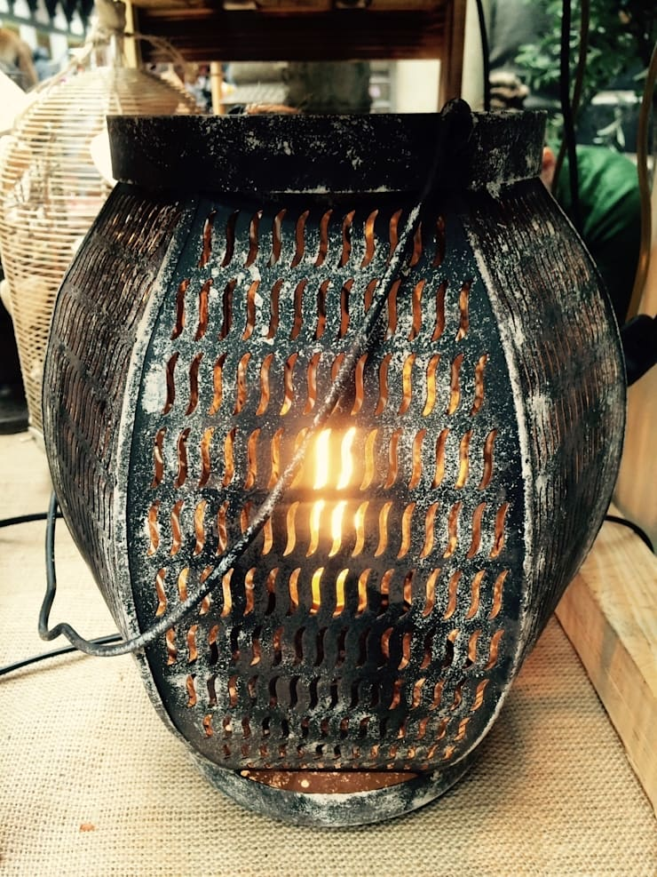 "Настольная лампа ""Фонарик"": Балкон, веранда и терраса в . Автор – Eco Shining Home"