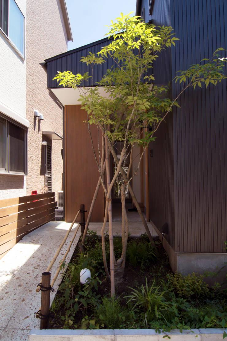 Casas de estilo  de 松原正明建築設計室, Moderno