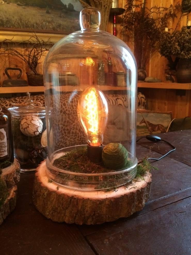 """Настольная лампа """"Botanical Medium"""": Балкон, веранда и терраса в . Автор – Eco Shining Home"""