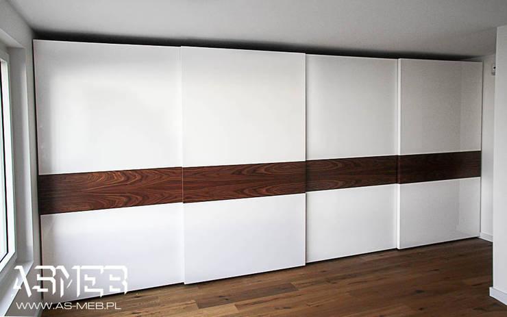 Realizacja Szwajcaria, Chardonne, TOPLINE 511 cm szerokości: styl , w kategorii Sypialnia zaprojektowany przez AS-MEB,