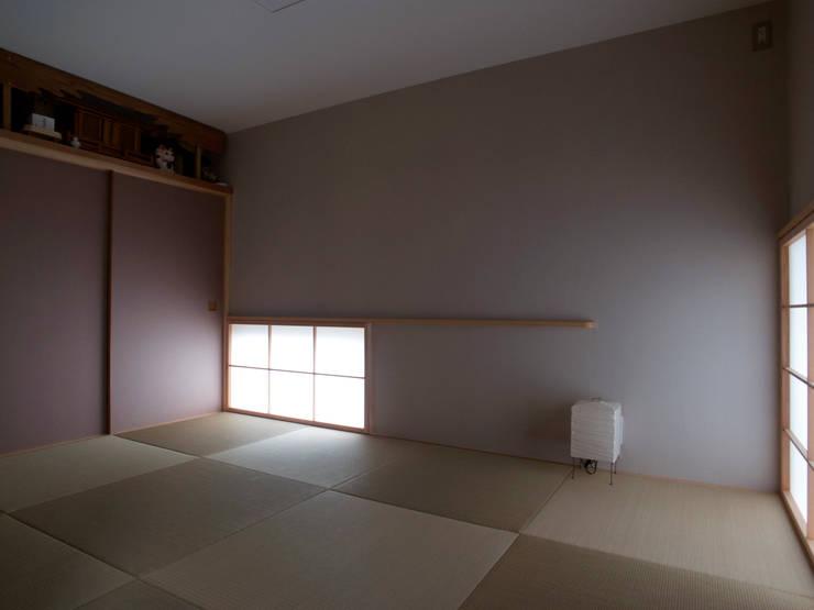 asian Media room by 松原正明建築設計室