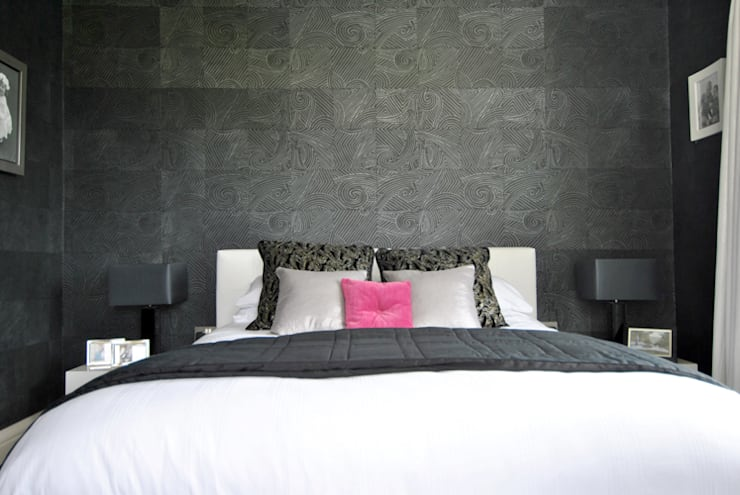 Bedroom by CLAIRE HAMMOND INTERIORS