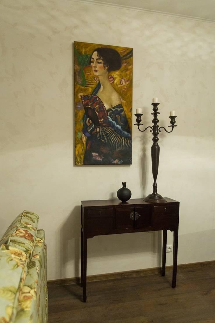 Испанский дом: опыт интерпретации средиземноморского стиля: Рабочие кабинеты в . Автор – Студия интерьерного декора PROSTRANSTVO U