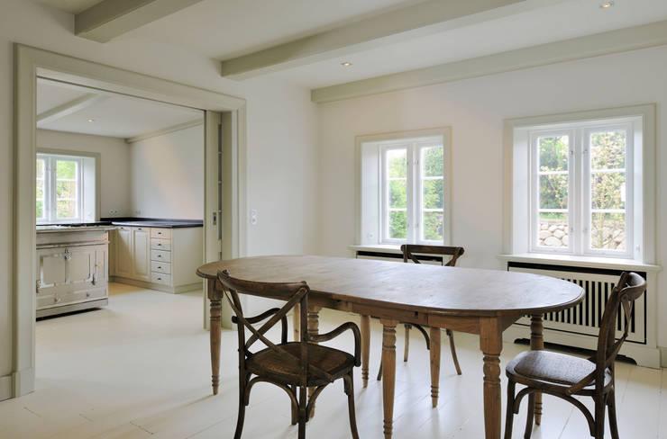 Projekty,  Jadalnia zaprojektowane przez Ralph Justus Maus Architektur