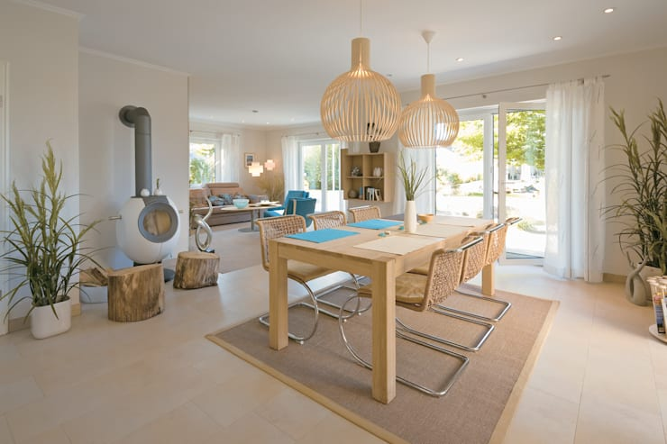 Dining room by Danhaus GmbH