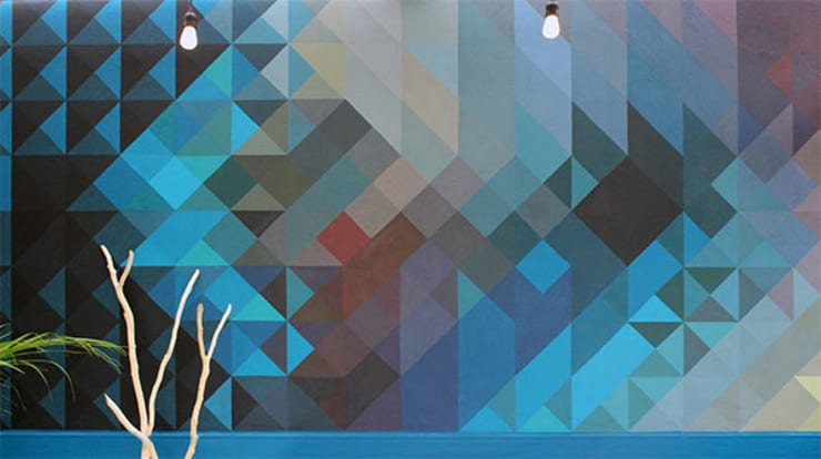 Un mural para personalizar y valorizar un espacio: Paredes y pisos de estilo  por NINA SAND