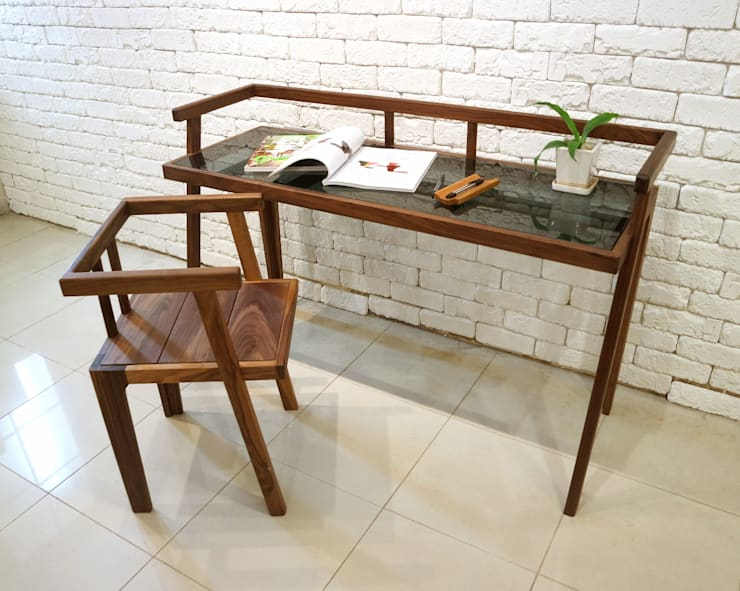 Grase desk: Design-namu의  서재/사무실