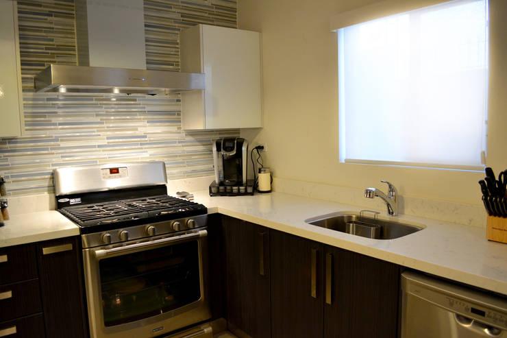 Cocina La Rioja 3 Cocinas de estilo moderno de Toren Cocinas Moderno