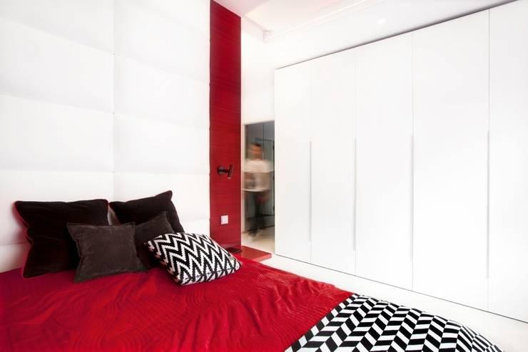 ART. – SPORT – RELAX  Warszawa - mieszkanie 90 m2 : styl , w kategorii Sypialnia zaprojektowany przez TG STUDIO