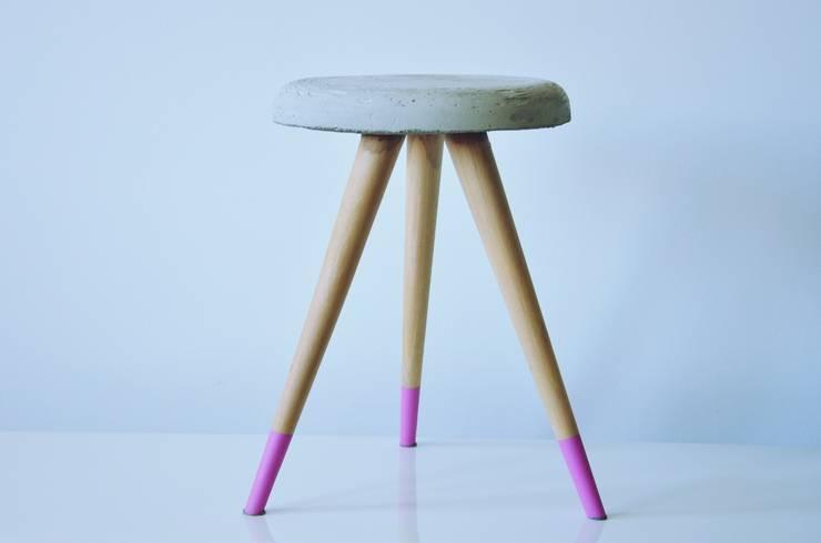 Stołek SOFTCONE : styl , w kategorii Salon zaprojektowany przez D2 Studio,