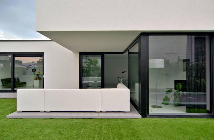 K&N 3:  Huizen door CKX architecten